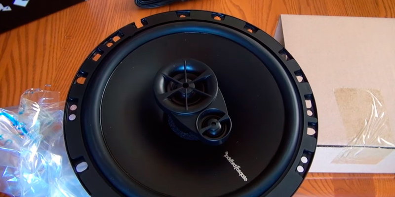 Review of Rockford Fosgate R165X3 Prime Full-Range 3-Way Coaxial Speaker