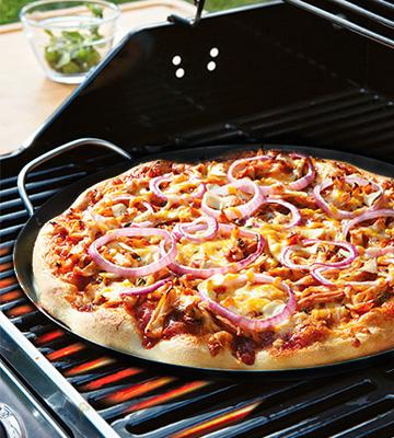 Review of Eastman 90414 Outdoors Pizza Pan