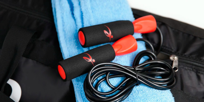 Review of Fitness Factor Adjustable Jump Rope with Carrying Pouch
