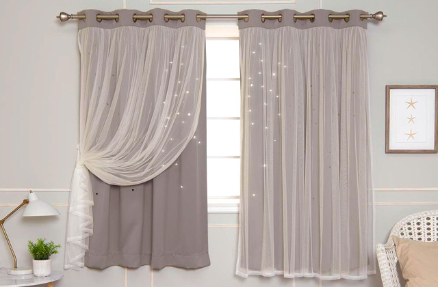 Comparison of Blackout Curtains