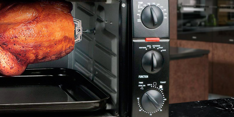 Elite ERO-2008S Countertop XL Toaster Oven with Rotisserie in the use