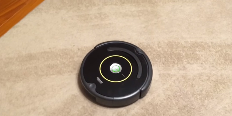 iRobot Roomba 614 Robot Vacuum in the use