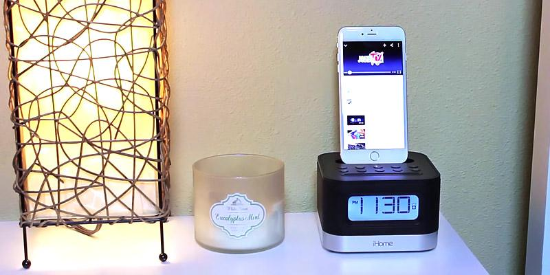 Review of iHome iPL8BN FM Clock Radio with Lightning Dock for iPhone