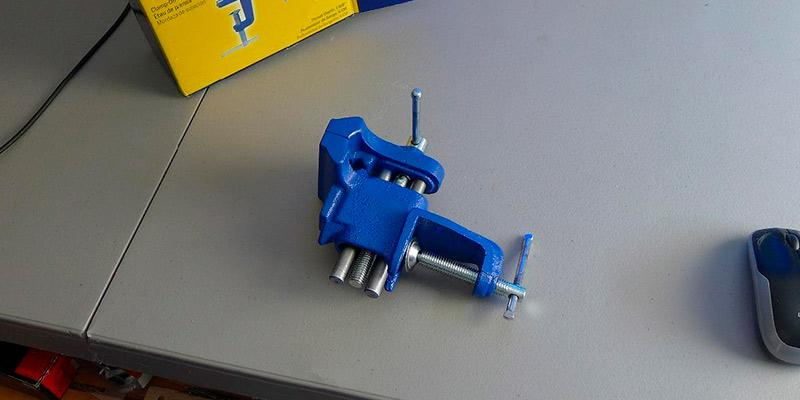 Detailed review of IRWIN 226303ZR Clamp-On Bench Vise