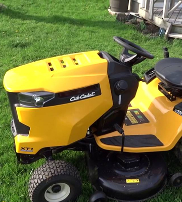 Review of Cub Cadet XT1 Enduro Series LT46 46-Inch 22HP Riding Lawn Mower