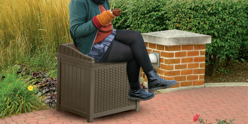 Suncast SSW1200 Resin Wicker Storage Seat application