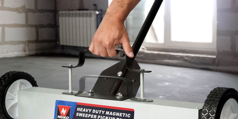 "Review of Neiko 53418A 36"" Magnetic Pick-Up Sweeper"