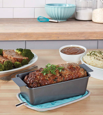 Review of Chicago Metallic Professional X50801 Non-Stick 2-Piece Meatloaf Set
