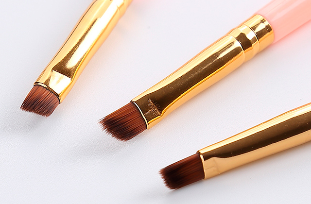 Best Eyebrow Brushes for Ideal Eyebrow Make-up