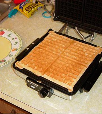 Review of BLACK + DECKER 3-in-1 Waffle Maker