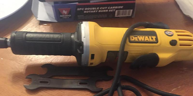 DEWALT DWE4887 in the use