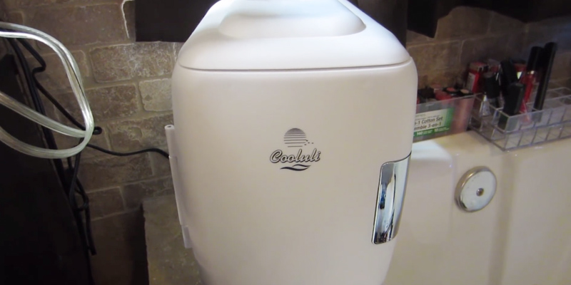 Review of Cooluli CMF6W Mini Fridge Electric Cooler and Warmer (4 Liter / 6 Can)