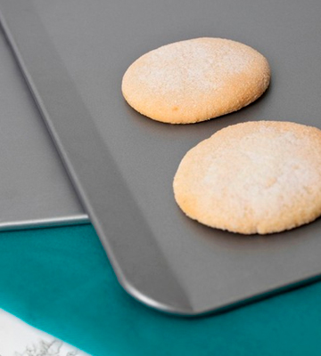 Review of T-fal AirBake Natural 2 Pack Cookie Sheet Set