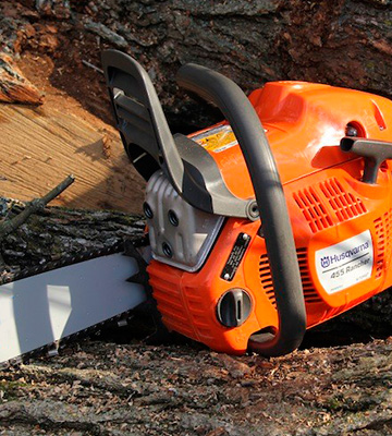 Review of Husqvarna 455 Gas-Powered Chain Saw