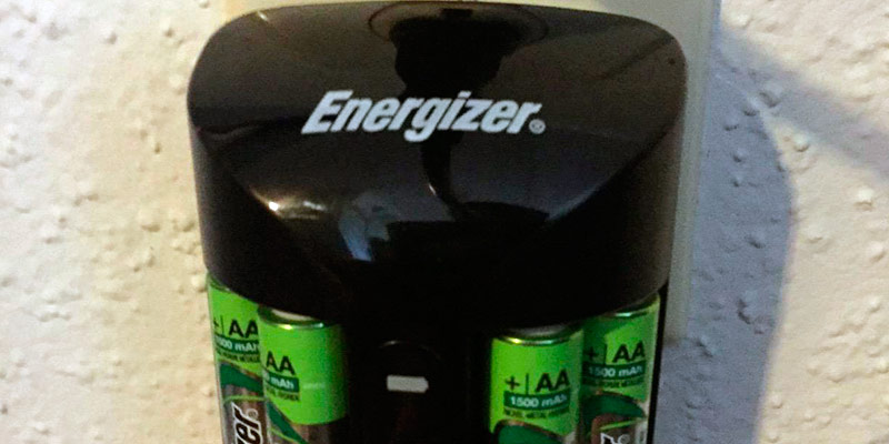 Review of Energizer Pro Charger for AA and AAA