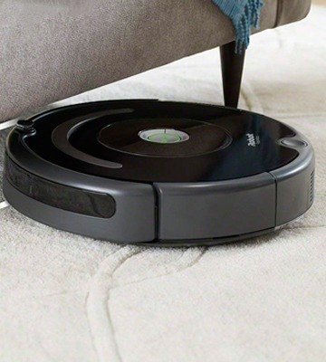 Review of iRobot Roomba 675 Robot Vacuum for Pet Hair
