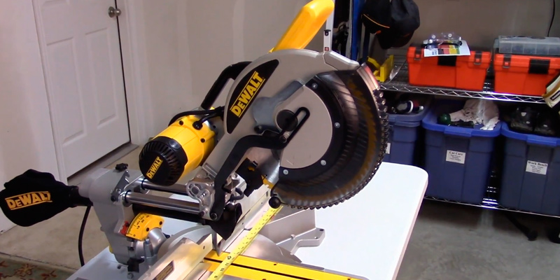DEWALT DWS779 Sliding Compound Miter Saw in the use