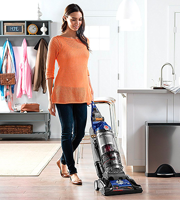 Review of Hoover UH70935 WindTunnel 3 Pro Pet Bagless Corded Upright Vacuum