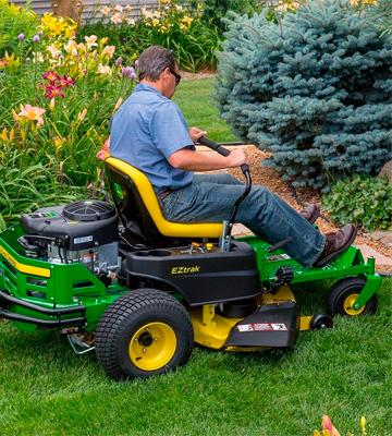 Review of John Deere Z235 Gas Zero-Turn Riding Mower