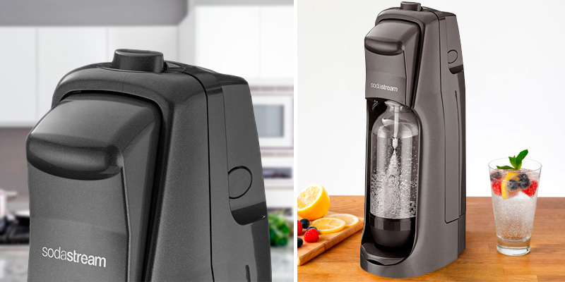 SodaStream Jet Bundle Soda Maker in the use
