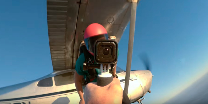 GoPro CHDHS-502 HERO5 Session Action Camera in the use