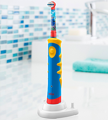 Review of Oral-B Disney Dory Pixars Car's or Dory