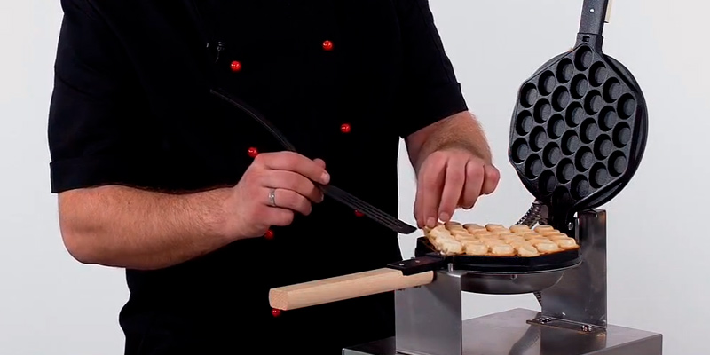 Golden Elephant Bubble Automatic Waffle Maker Machine in the use