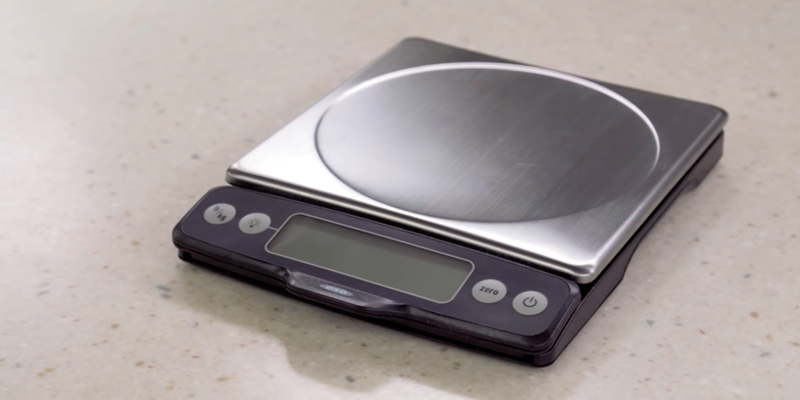 Detailed review of OXO Good Grips 11 lb Stainless Steel Food Scale