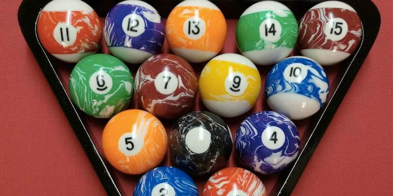 Iszy Billiards Marble/Swirl Style Pool/Billiard Ball Set application