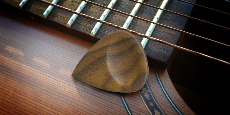 Review of Clayton Guitar Picks