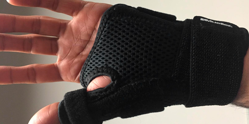 Detailed review of Mueller Wrist Brace Reversible Thumb Stabilizer
