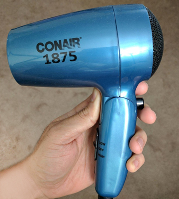 Review of Conair 124TLR Folding Handle Hair Dryer