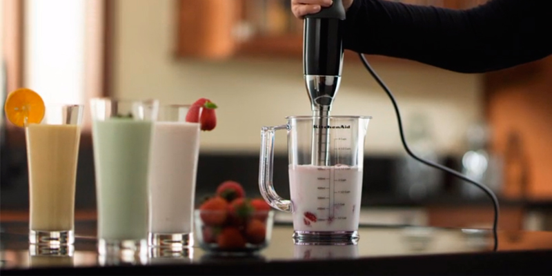 KitchenAid KHB2561OB 5-Speed Hand Blender application