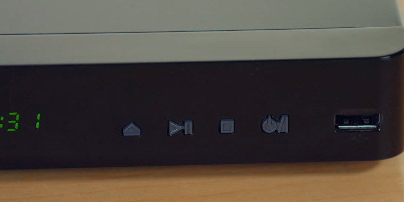 LG BP540 3D Blu-Ray Player in the use