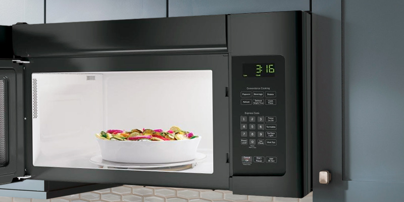 Review of GE JNM3163DJBB Over-the-Range Microwave