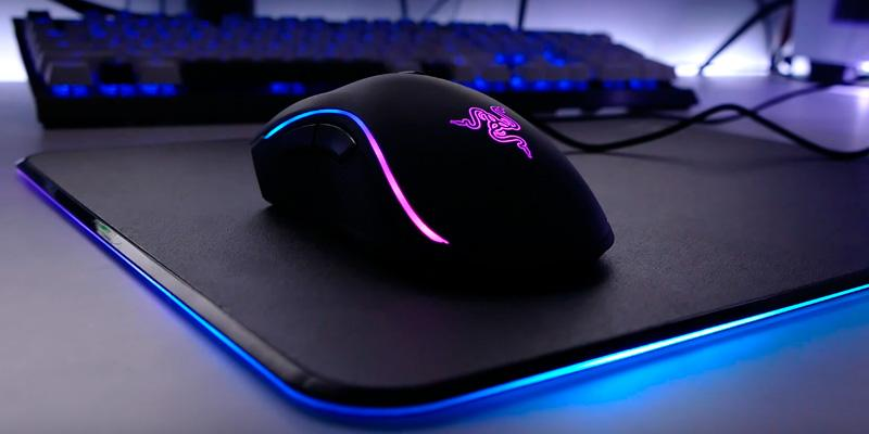 Review of Razer Firefly Chroma Custom Lighting Hard Chroma Hard- Customizable RGB Polycarbonate Hard Gaming Mouse Pad