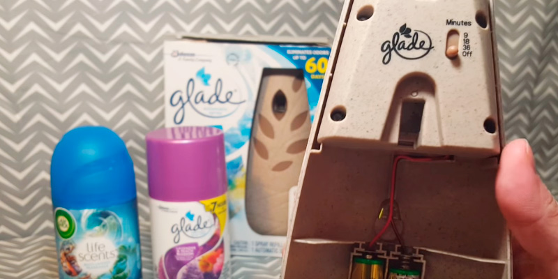 Review of Glade Automatic Spray Air Freshener Starter Kit, Hawaiian Breeze (2pack)