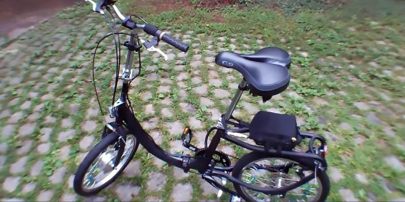 Schwinn Loop Folding Bike in the use