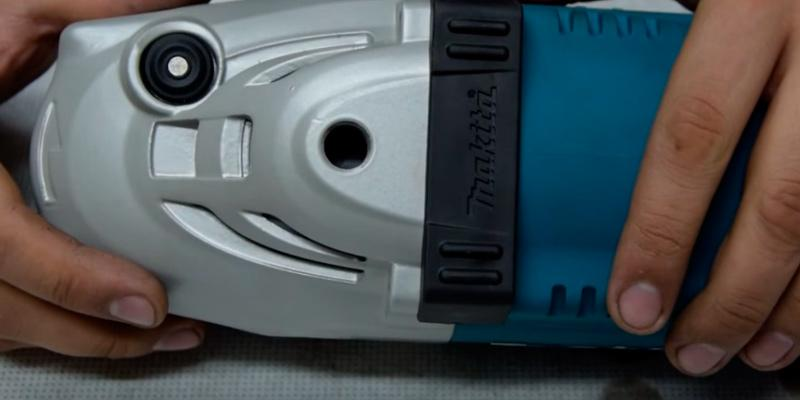 Makita GA7021 Angle Grinder in the use