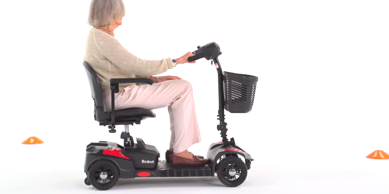 Review of Drive Medical Compact Travel 4 Wheel