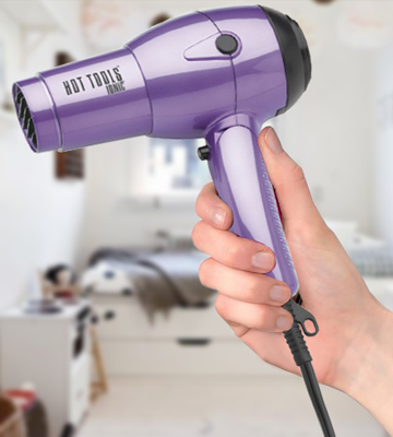 Review of Hot Tools HT1044 Travel Dryer with Folding Handle and Dual Votage
