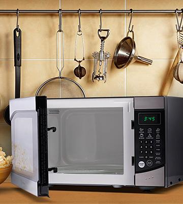 Review of Westinghouse WM009 Counter Top Microwave Oven