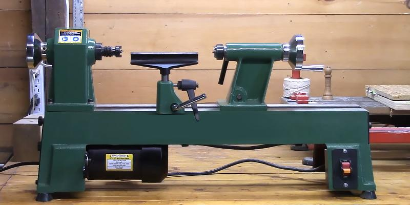 Review of Grizzly H8259 Bench-Top Wood Lathe