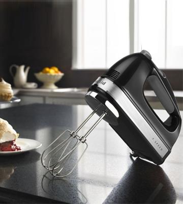 Review of KitchenAid KHM7210OB 7-Speed Digital Hand Mixer