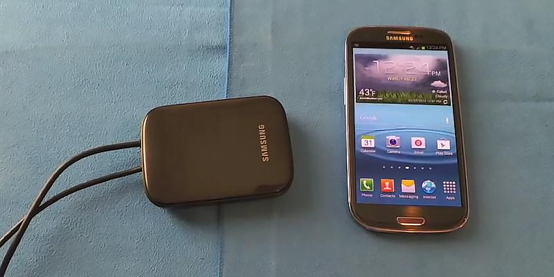 Samsung All-Share Cast Hub Adapter in the use