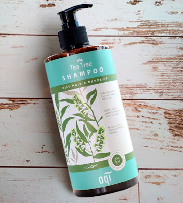 Review of aqi Tea Tree Shampoo For Oily Hair & Irritated Flaky Scalp