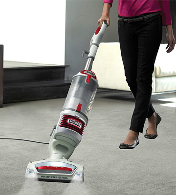 Review of Shark NV501 Rotator Professional Lift-Away Upright Vacuum