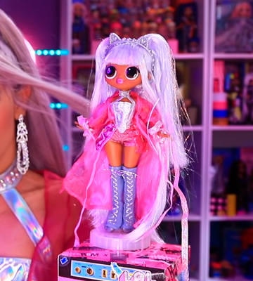 Review of L.O.L. Surprise! OMG Remix Kitty K Fashion Doll with 25 Surprises