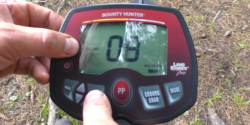 Bounty Hunter PROLR Land Ranger Pro Metal Detector in the use