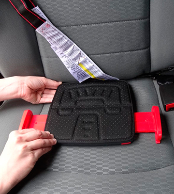 Review of mifold Grab-and-go Car Booster Seat for Travel